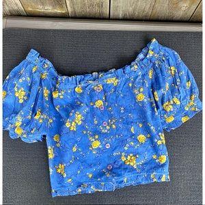 VINTAGE ISHWAR NWTs crop puff sleeve floral top